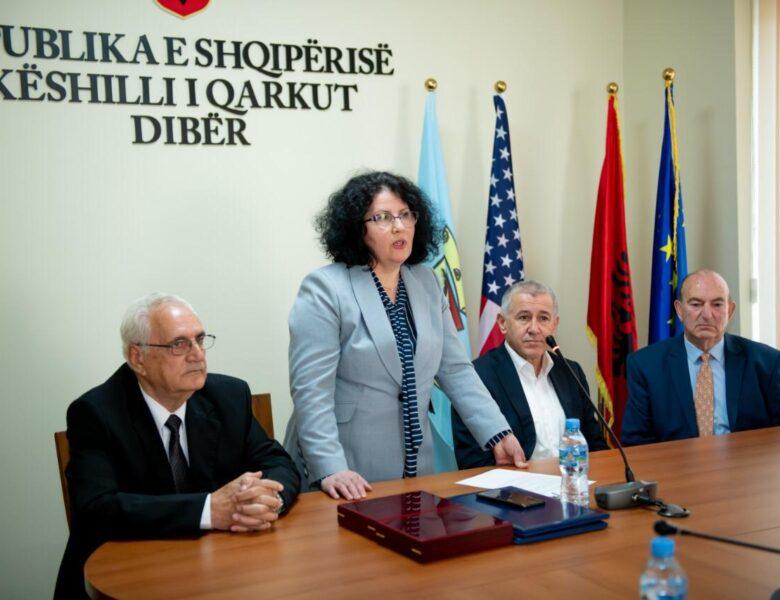 """Ismail Shulku dhe Muharrem Gjoka nderohen me titullin """"NDERI I QARKUT DIBËR"""""""