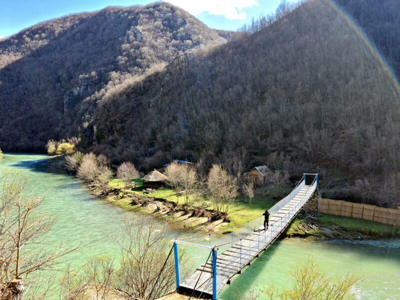 Ura e Varur në Fshatin Pejkë.