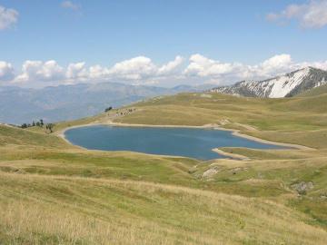 Liqeni-i-Grames-ne-Malin-e-Korabit_